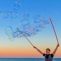 Les bulles au soleil couchant