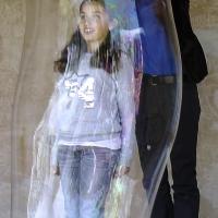 enfermement dans une bulles géante